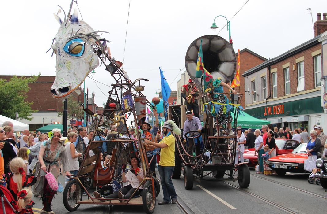 Boneyard Beast mechanical puppet and Boneshaker vehicle at the Spare Parts Festival Parade, Fleetwood, 2015