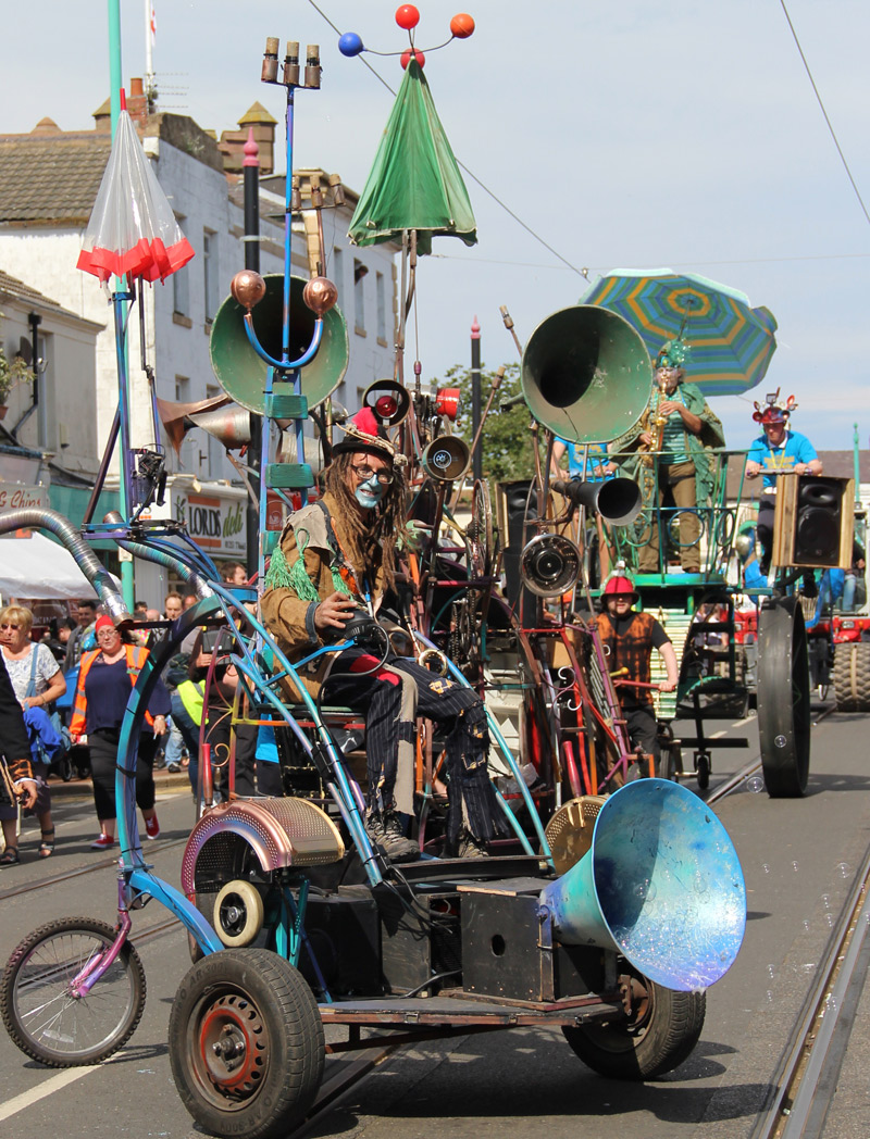 Electric vehicle parade contraption/kinetic sculpture at the Spare Parts Festival Parade 2016